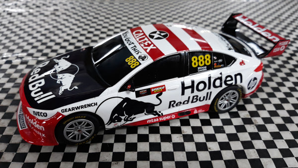 C4196 Scalextric Holden Commodore Bathurst 2019 Lowndes