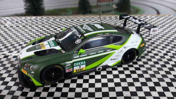 SWC09 Scalextric Bentley Contintential GT3 Green No.9