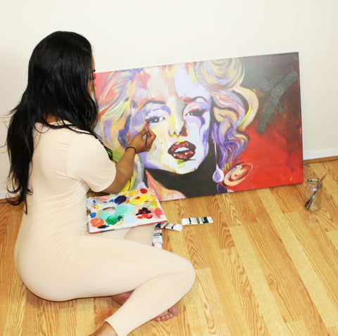 Simone Agoussoye Paints Marilyn Monroe