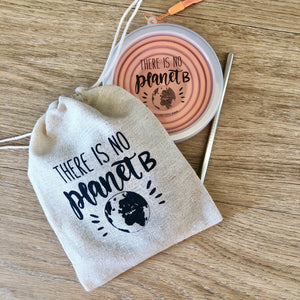 "Pochon pour Clap/Cup "" There is no Planet B"""