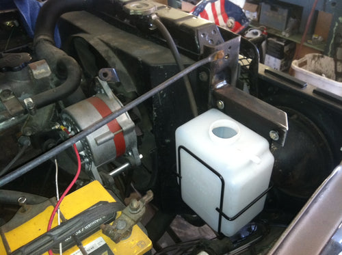 Large Coolant Overflow Bottle / Tank with Bracket FJ40, FJ45, FJ55, Fj60, FJ62, FJ80, FJ Cruiser, BJ 1958-2009