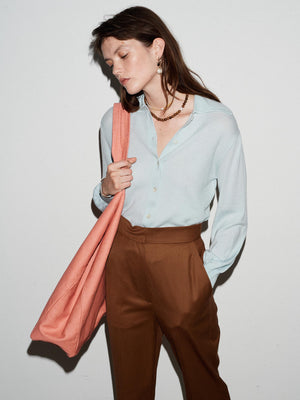 MERINO TEXTURED POINTED COLLAR KNITTED SHIRT SKY BLUE