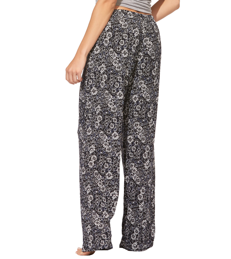 Dani Pant Set in Sleeping In