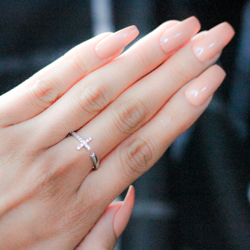 Dainty Cute Cross Ring / Gold Dipped