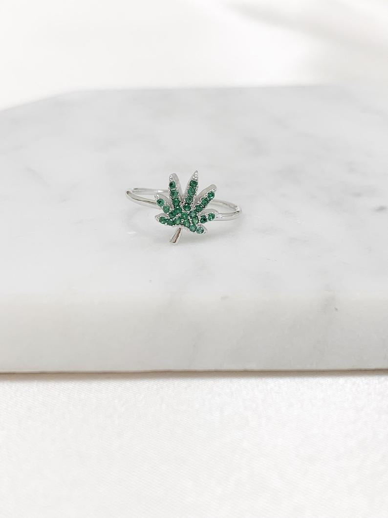 Cannabis Rhinestone Ring - Sugar Rose