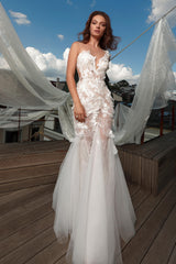 How to Choose the Right wedding dress style for body type