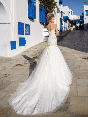 Love Forever and Always 2019 it's your big day, so you can choose to wear whichever wedding dress makes you feel beautiful and confident.