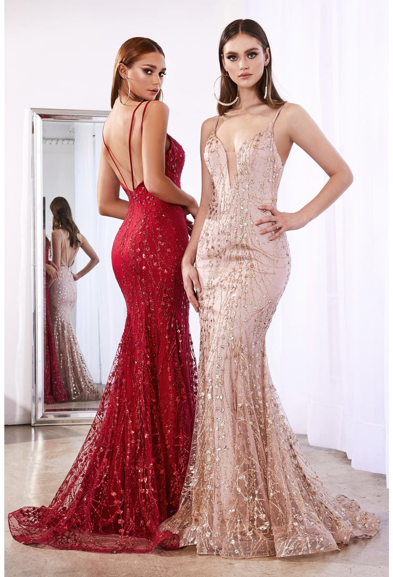 Fitted evening gown with glitter print details and sweetheart neckline