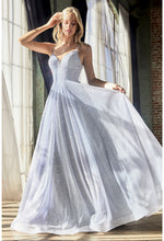 Ball gown with glitter finish and sweetheart neckline