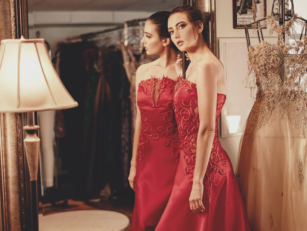 Pia Red Dress