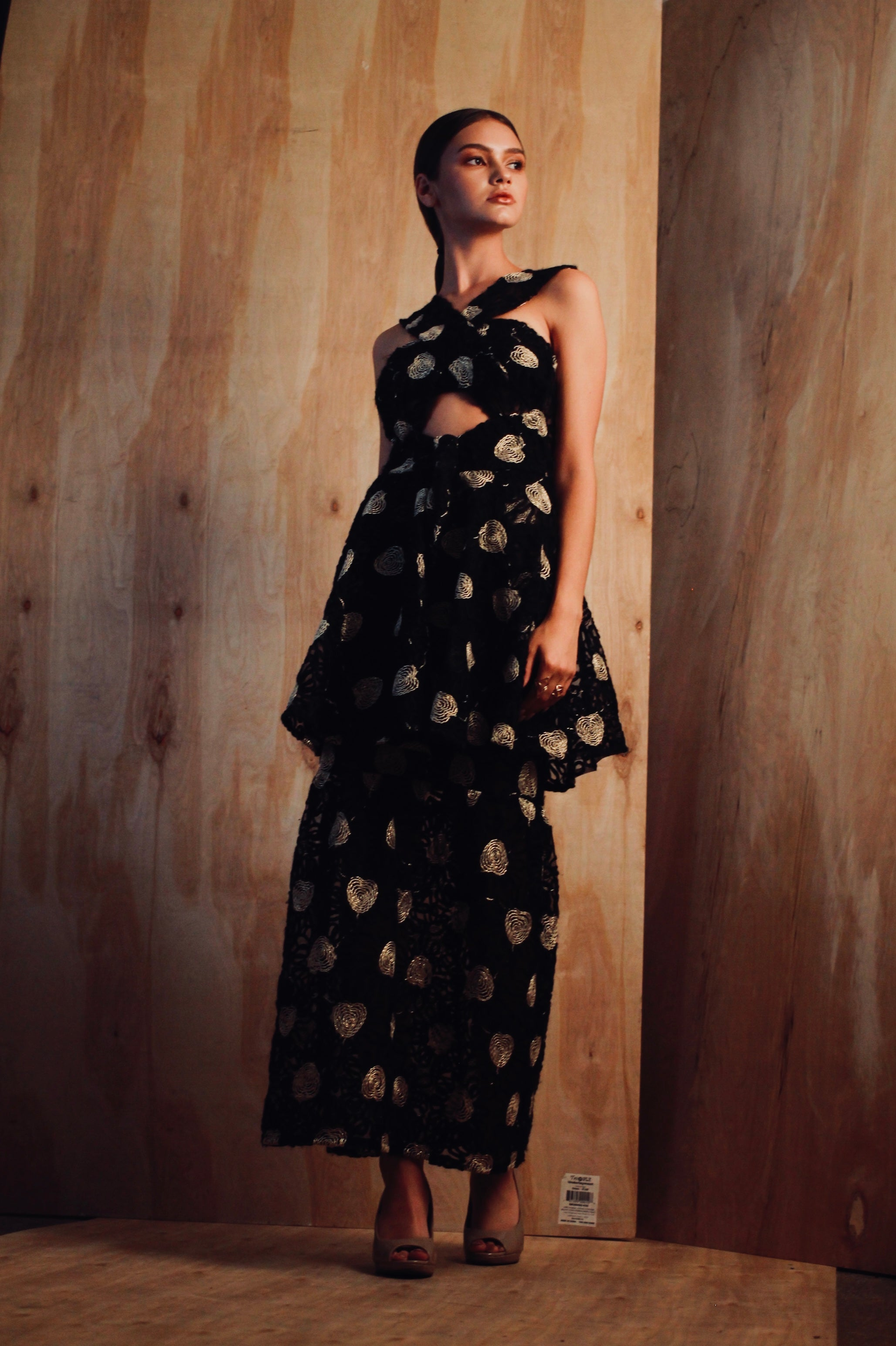 Black Floral Yarn Lace Gown