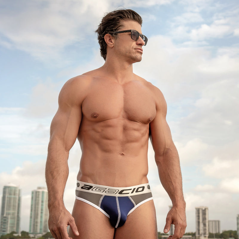 Agacio AGH009 Striking Brief