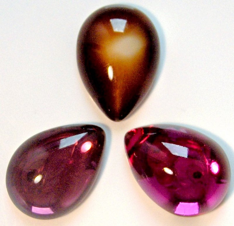 Glass Pear / Pendaloque Cabochons