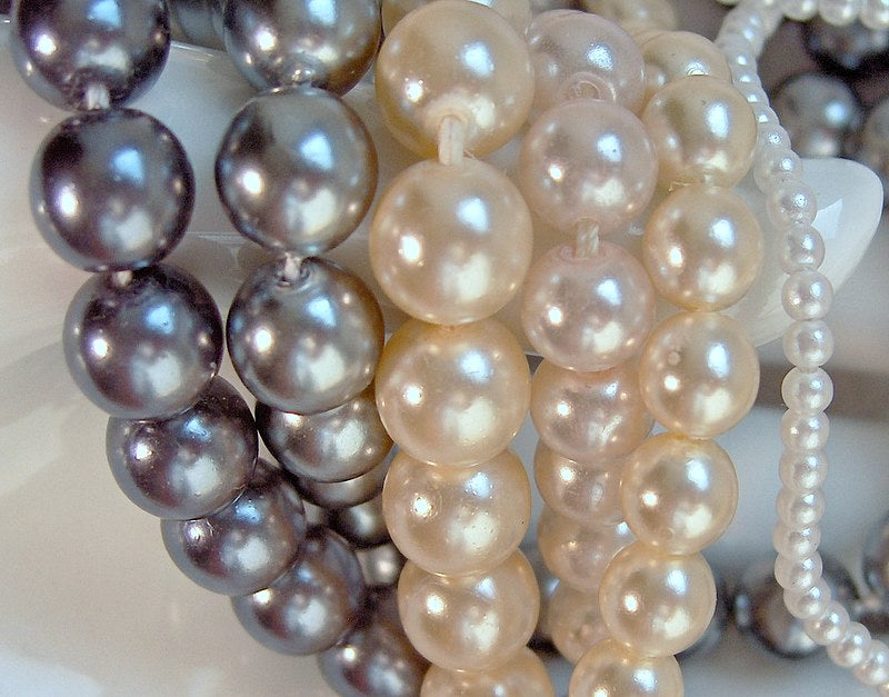 Round Fully Drilled Imitation Pearls