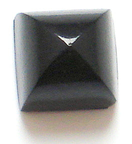 8mm Black Onyx Cab High Dome Pointed Top