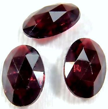 16x11mm Oval Garnets Special Cut Facet (unfoiled)