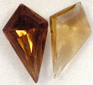 19x11mm Pointed Back Kite Shapes