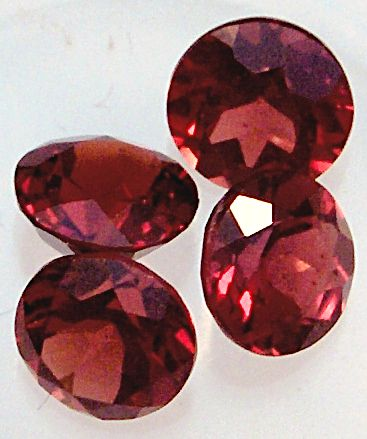 5.0MM Round Mozambique Faceted Garnets