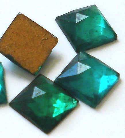 2.5mm (2400) Emerald Rauten Rose Cut Flat Back Square