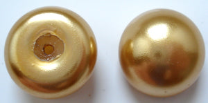 16MM IMITATION ROUND BUTTON TOP GOLD PEARLS