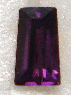 5X3X2.5MM (4700) #17 AMETHYST TAPERED BAGUETTES