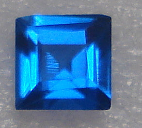 3MM SYNTHETIC SPINEL BLUE PB SQUARE