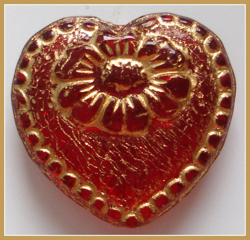 18X17IN  DECORATED RED HEART THICK BEAD