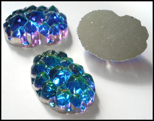 18X13MM (0105) BERMUDA BLUE GLASS NUGGETS
