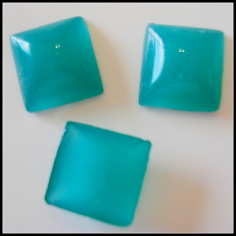 8MM (2400) CHRYSOPHASE SQUARE CABOCHONS