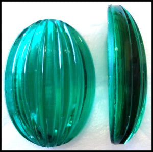 30X22MM (1685) RIBBED TOP OVAL CONCAVE BACK CABS
