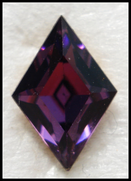 10.5X7MM (4710) AMETHYST COLOR DIAMOND Shape
