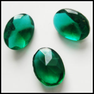 8X6MM (3188) EMERALD UNFOILED OVAL BUFF TOP DOUBLETS