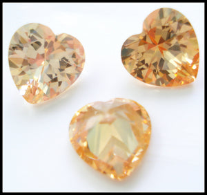 8X8MM (S19) CHAMPAGNE HEART CUBIC ZIRCONIAS