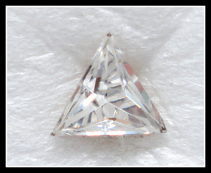 4MM (112) CRYSTAL COLOR TRIANGLES