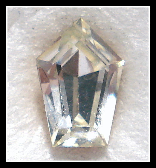 7.5X5MM (211) CRYSTAL ELONGATED PENTAGONS
