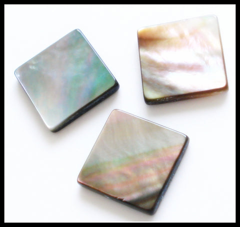 12MM BLACK TAHITIAN MOTHER OF PEARL SQUARES