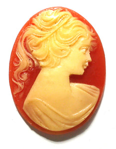 40X30MM STONE CAMEO OVAL RIGHT FACING