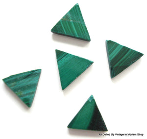 8.5MM (S80) MALACHITE TRIANGLES