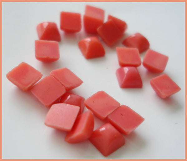 4mm (2062) Glass Coral Square Cabochon