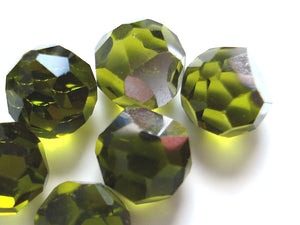 5mm (4860) Olivine 3/4 Cut Faceted Swarovski Balls