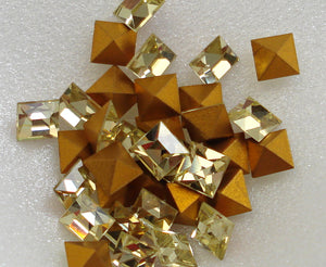 4mm (4400) Jonquil Square Shape