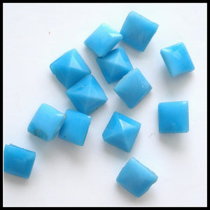 4mm (2043) Glass Turquoise Square Buff Top Doublet