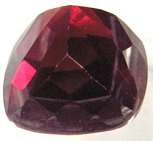 10mm Antique Square Natural Garnet