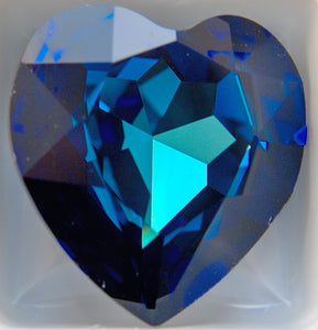 14mm (4916) Bermuda Blue Unfoiled Heart Shape