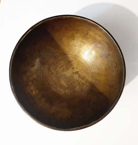 Full Moon Hand-Beaten Singing Bowl