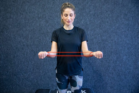 External rotation with elastic strength band