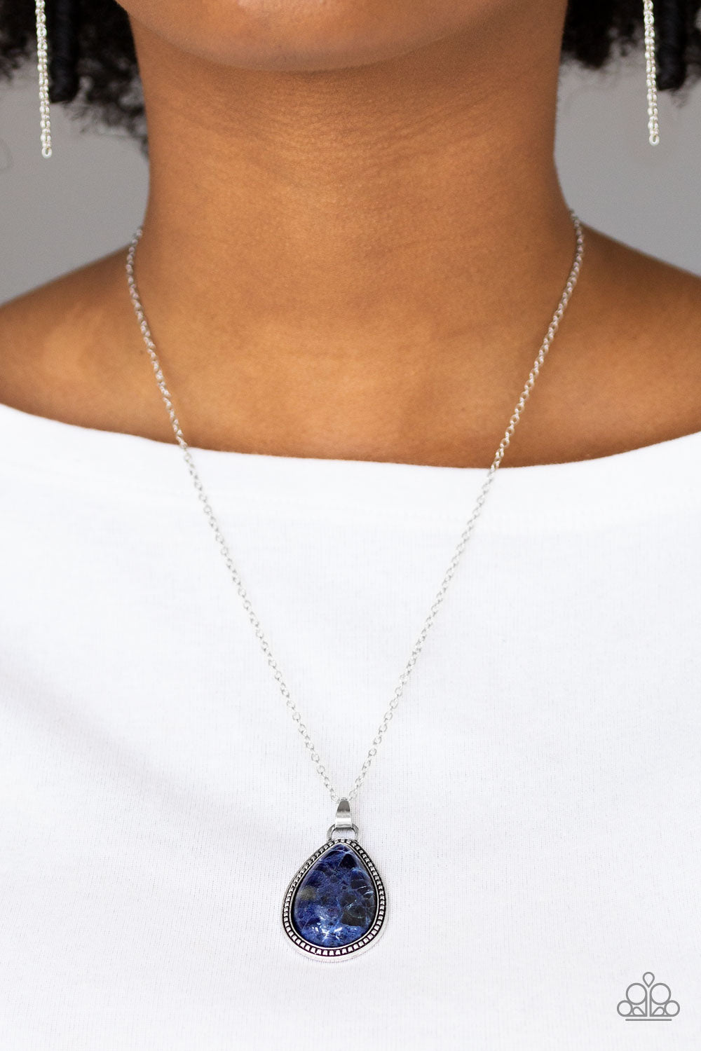 On The Home FRONTIER - Blue Paparazzi Necklace - Pink Dragon Jewels