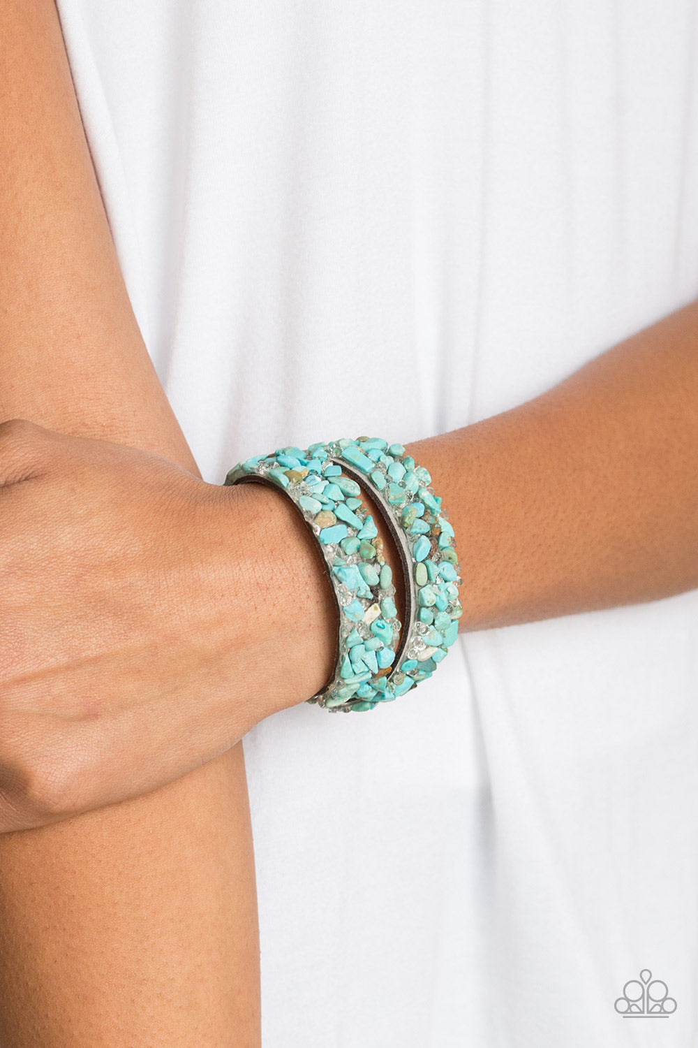 CRUSH To Conclusions - Blue Paparazzi Bracelet - Pink Dragon Jewels