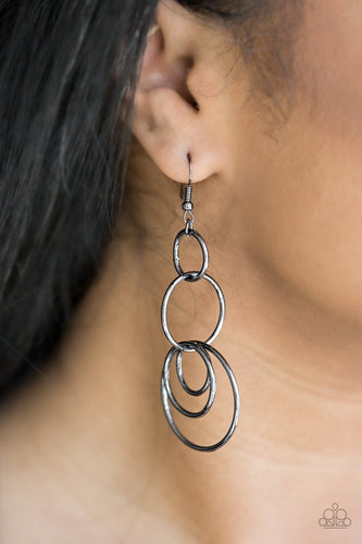 Chic Circles - Black Paparazzi Earring - Pink Dragon Jewels