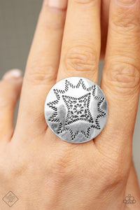 Rural Radius - Silver Paparazzi Ring - Pink Dragon Jewels